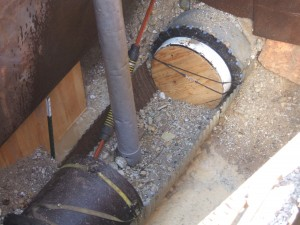 Since this pipe was a force main, an end seal was necessary to avoid fluids pushing back down the pipe and behind the liner.