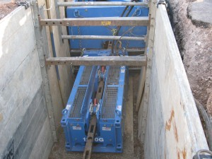 A Grundoburst 1250G static pipe bursting unit from TT Technologies was used as the pulling unit for the Amarillo, TX project.