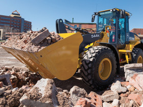 John Deere 544K Wheel Loader is equipped with a 163-hp, PowerTech™ EPA Final Tier 4 (FT4)/EU Stage IV diesel engine